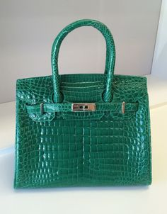 Sumptuous Ultra Luxurious Genuine Crocodile Handbag in Gorgeous Emerald Green!
