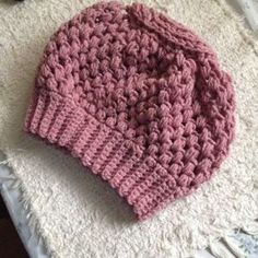 Crochet a slouchy hat