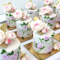 Beautiful mini cakes to brighten your day💕 #SLminicakes