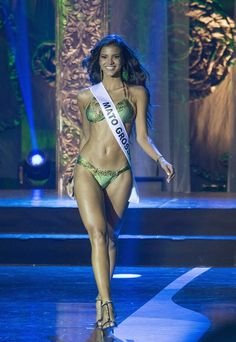 Candidata do Mato Grosso vence o Miss Brasil 2013 - http://epoca.globo.com/tempo/noticia/2013/09/candidata-do-mato-grosso-vence-o-bmiss-brasil-2013b.html (Foto: Mister Shadow / ASI / Agência O GLOBO)