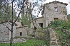 "Property for sale in Umbria, Perugia,Authentic Umbrian farmhouse for sale in Umbria - Prestigious farmhouse in Umbria for sale – ""Podere Rasiglia"" - http://www.italianhousesforsale.com/view/property-italy/umbria/perugia/foligno/6814794.html"