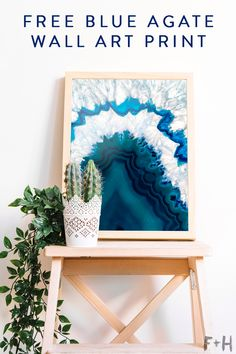Need more geodes in your life? Get this free blue agate wall art for your gallery wall! #foxandhazel #blueagate #agateart #geode #bluegeode #geodeart #modernart