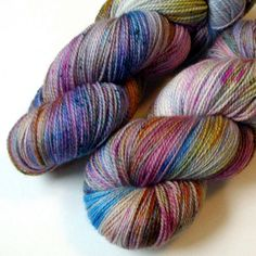 Please, someone buy this before I break my stash pact. #knitting #yarn #etsy