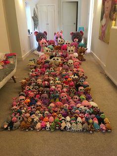 Can you beat this collection? Beanie Baby Bears, Ty Beanie Boos, Beanie Babies, Disney Princess Coloring Pages, Disney Princess Colors, Ty Teddies, Ty Peluche, Super Spa, Beanie Boo Birthdays