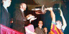 Revista NOVA DIMENSIÓ: deport-cultura-art-amistat: CARRETE, balón de diamantes del partido Barça-Vale...
