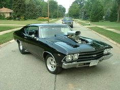 1969 Chevrolet Chevelle Pictures: See 200 pics for 1969 Chevrolet Chevelle. Browse interior and exterior photos for 1969 Chevrolet Chevelle. Get both manufacturer and user submitted pics. Old Muscle Cars, Chevy Muscle Cars, American Muscle Cars, Chevelle 1969, Chevrolet Chevelle, Sweet Cars, Us Cars, Drag Cars, Cool Cars