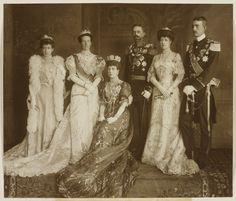 Queen Alexandra with King Gustav V and Queen Victoria of Sweden, Price William (Vilhelm) of Sweden, Duke of Södermanland, Princess Louise of Great-Britain and Ireland, Duchess of Fife, and Princess Victoria of Great-Britain and Ireland.