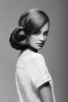 Vintage Black & White Fashion Editorial Maquillage noir