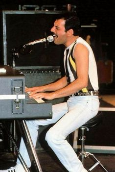 Freddie Mercury rehearsing at the Shaw Theatre in Euston ahead of the Live Aid concert at Wembley, 10th July, 1985.