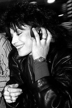 Look Vintage, Vintage Ladies, Cherie Currie, Women Of Rock, Rocker Girl, Rock Artists, Joan Jett, Her Music, Running Away