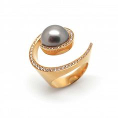 Angela Hubel - Rose Gold & Brilliant Galaxy Ring - ORRO Contemporary Jewellery Glasgow