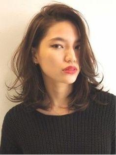 Pin on hairstyle Pin on hairstyle Medium Hair Cuts, Medium Hair Styles, Middle Hair Cut, Midi Hair, Shot Hair Styles, Hair Arrange, Mid Length Hair, Asian Hair, Looks Chic