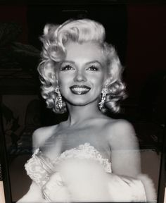 Marilyn Monroe.  From the Pinterest board of George Vreeland Hill.