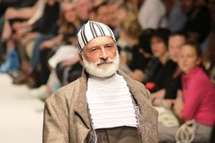 The 2019 edition of MQVFW, Museumsquartier Vienna Fashion Week, has recently ended in the Austrian capital. Vienna, Winter Hats, Fashion, Fashion Styles, Fashion Illustrations, Trendy Fashion, Moda