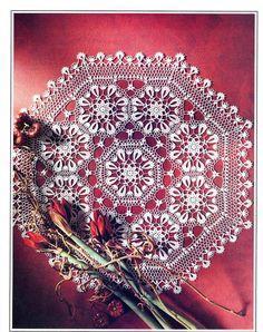 Crochet Art: Crochet Doily Pattern - Beautiful -- Need pattern Crochet Doily Diagram, Crochet Doily Patterns, Crochet Art, Crochet Home, Thread Crochet, Knit Or Crochet, Filet Crochet, Crochet Scarves, Crochet Motif