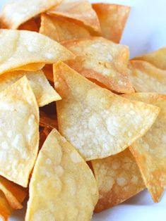 Homemade Tortilla chips from corn tortillas done in 5 minutes, fresh homemade chips to dunk your delicious dips into, a healthier bagged chip alternative Homemade Corn Tortillas, Homemade Tortilla Chips, Homemade Chips, Homemade Cream Corn, Homemade Butter, Easy Appetizer Recipes, Yummy Appetizers, Dip Recipes, Candy Recipes