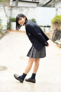 Check out these Japanes theme cosplay characters. Body Reference Poses, Pose Reference Photo, Female Reference, Art Poses, Drawing Poses, Japanese School Uniform, People Poses, Poses References, Good Poses