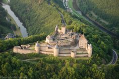 Château de Bourscheid Vue aérienne