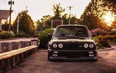 BMW E30 Black - Beautiful