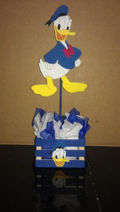 Hey, I found this really awesome Etsy listing at https://www.etsy.com/listing/191148822/donald-duck-centerpiece
