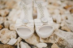 Wedding wedges by Eduard Castillo Barcelona. Photo by Raquel Benito.Bride: Alejandra Gomez Miguel