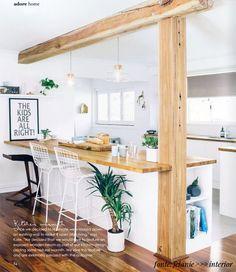 A cozinha é o coração de uma casa. Não sei quem disse isso, mas estava super certo. Eu sou de família descendente de italianos e na casa dos meus pais a cozinha é a parte mais importante da casa. Agora com a compra da nossa casa nova, estamos priorizando o projeto da cozinha para podermos mudar o quanto antes. Como já contamos pra vocês nesse post sobre design escandinavo, eu e o Dudi estamos bem pilhados nesse estilo de decoração e como a nossa sala e cozinha serão integradas, pensamos em…