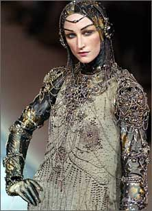 Muddy Colors: Inspiration: FASHION - a great article with some fantasy costume inspiration
