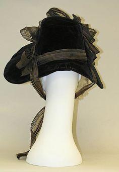 1835 Poke bonnet