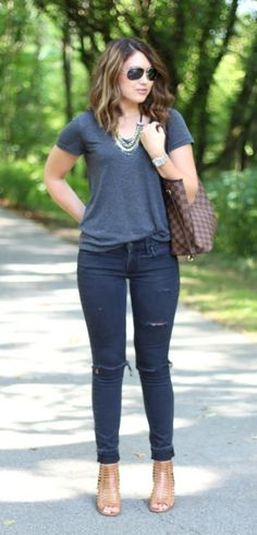 outfits for 40 year olds 45 Best Casual Dresses for 40 Year Old Women Best Casual Dresses, Casual Outfits For Moms, Mom Outfits, Trendy Outfits, Classy Outfits, Casual Autumn Outfits Women, Fall Outfits, Casual Work Dresses, Fashionable Outfits