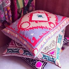 floor cushions