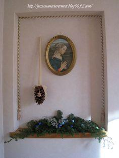 2009年 クリスマスフェア 松かさオーナメント・・・「Chez Mimosa シェ ミモザ」     ~Tassel&Fringe&Soft furnishingのある暮らし~     フランスやイタリアのタッセル・フリンジ・ファブリック・小家具などのソフトファニッシングで、暮らしを彩りましょう       http://passamaneriavermeer.blog80.fc2.com/