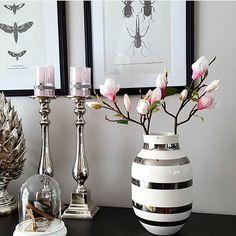 Nydelige kähler vase og lysestaker fra @interioret. De vakre Magnoliagrenene er også kommet inn og kan bestilles hos [www.interioret-as.no]