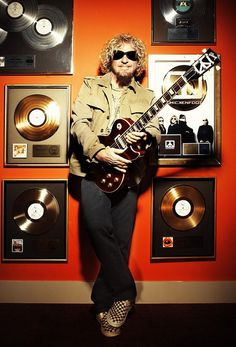 The Red Rocker Sammy Hagar is getting ready to release his next album. This time it's not a Chickenfoot album, and not quite a solo album either. Sammy Hagar, Red Rocker, Guitar Images, Van Halen, My Rock, Classic Rock, Music Stuff, Hard Rock, Rock N Roll