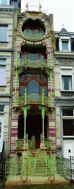 Magical Art Nouveau.: Maison Saint-Cyr.