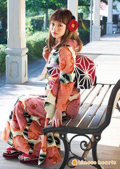 kh-241:ノスタルジック #kimono Geisha, Yukata Kimono, Kimono Dress, Japanese Costume, Japanese Kimono, Kimono Fashion, Girl Fashion, Fashion Design, Japanese Fashion Trends
