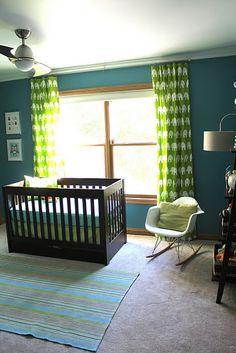 blue & green nursery--love the deeper blue with bright green Blue Green Nursery, Teal Nursery, Modern Crib, Nursery Modern, Inspiration For Kids, Nursery Inspiration, Nursery Ideas, Modern Mantle, Deco