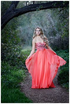 """Lovely lauren """" rockin robin photography/poway san diego ca Prom Picture Poses, Prom Poses, Picture Ideas, Photo Ideas, Prom Photography, Graduation Photography, Quinceanera Photography, People Photography, Photography Ideas"""