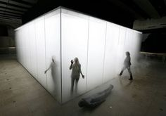 My first 2007 introduction to contemporary art. Blind Light, by Antony Gormley, at London's Hayward Gallery. Antony Gormley, Modern Art, Contemporary Art, Hayward Gallery, Scenic Design, Glass Boxes, Light Installation, Art Installations, Stage Design