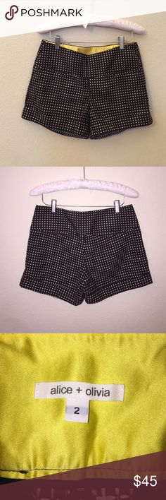 """ON SALE! BUNDLE + 15% OFF! Alice&Olivia Shorts In excellent condition. High waisted. Size is a 2, colors are brown and white. Small hole noted  in pictures, but extremely hard to see. Inseam: 4"""" Alice + Olivia Shorts"""