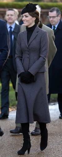 Kate Middleton in Michael Kors Suit for Gallipoli Commemorations 42846230f