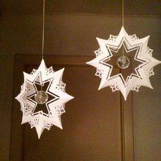Tusind tak til @karinstrandby for ideen til at folde stjernedien på denne måde  #mariannedesign #jul2015