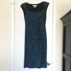 Black and Blue Evan Picone Dress REPOSH doesn't fit me 😞 really cute dress with black and blue pattern. This dress has a bra panel inside and is very flattering. Worried about being a little rolly-polly? Wear a spanx under it to smooth you out! Original posher wore it once, I wore it never 😔. Evan Picone Dresses