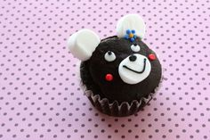 black cocoa bear w/ marshmallow ears cupcake