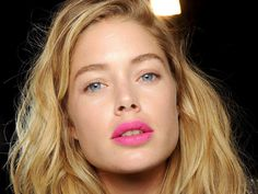 We were first intrigued by the hot pink lips at Clements Ribeiro's fall showing last year. Then after we seeing fuchsia and matte magenta lips come down the runway at Giles and DVF in February, we… Bright Pink Lips, Bold Lips, Beauty Trends, Beauty Hacks, Hot Pink Lipsticks, Allure Beauty, Pink Lip Gloss, Lip Palette, Beauty