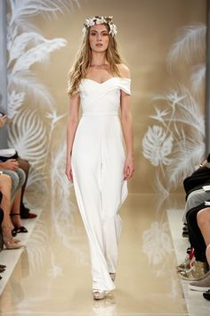 Theia Fall 2017 Collection New York Bridal Market October 2016 (BridesMagazine.co.uk)