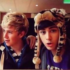 Zayn Jawaad Malik and Niall James Horan <3 One Direction