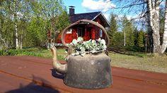 Pohjois-Karjala.Valtimon pohjoisin kylä lähellä Oulun läänin rajaa.