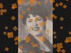 Η Καίτη Γκρέυ (πραγματικό όνομα: Αγγελική Καλαϊτζή κατάγεται από τη Σάμο ενώ ήρθε στον κόσμο το 1924. Η τραγουδίστρια και ηθοποιός Greek Words, Flag, Country, Logos, Painting, Youtube, Music, Greek Sayings, Musica