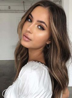 New hair long ideas color balayage natural brown 30 Ideas Brown Hair Balayage, Brown Blonde Hair, Balayage Brunette, Hair Color Highlights, Brown Highlights, Highlights Around Face, Dark Hair, Pretty Hairstyles, Hairstyles 2018