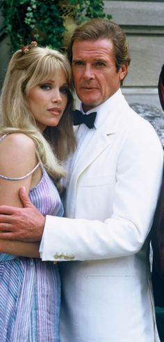 Roger Moore is James Bond and Tanya Roberts as Stacey Sutton in A VIEW TO A KILL (1985).
